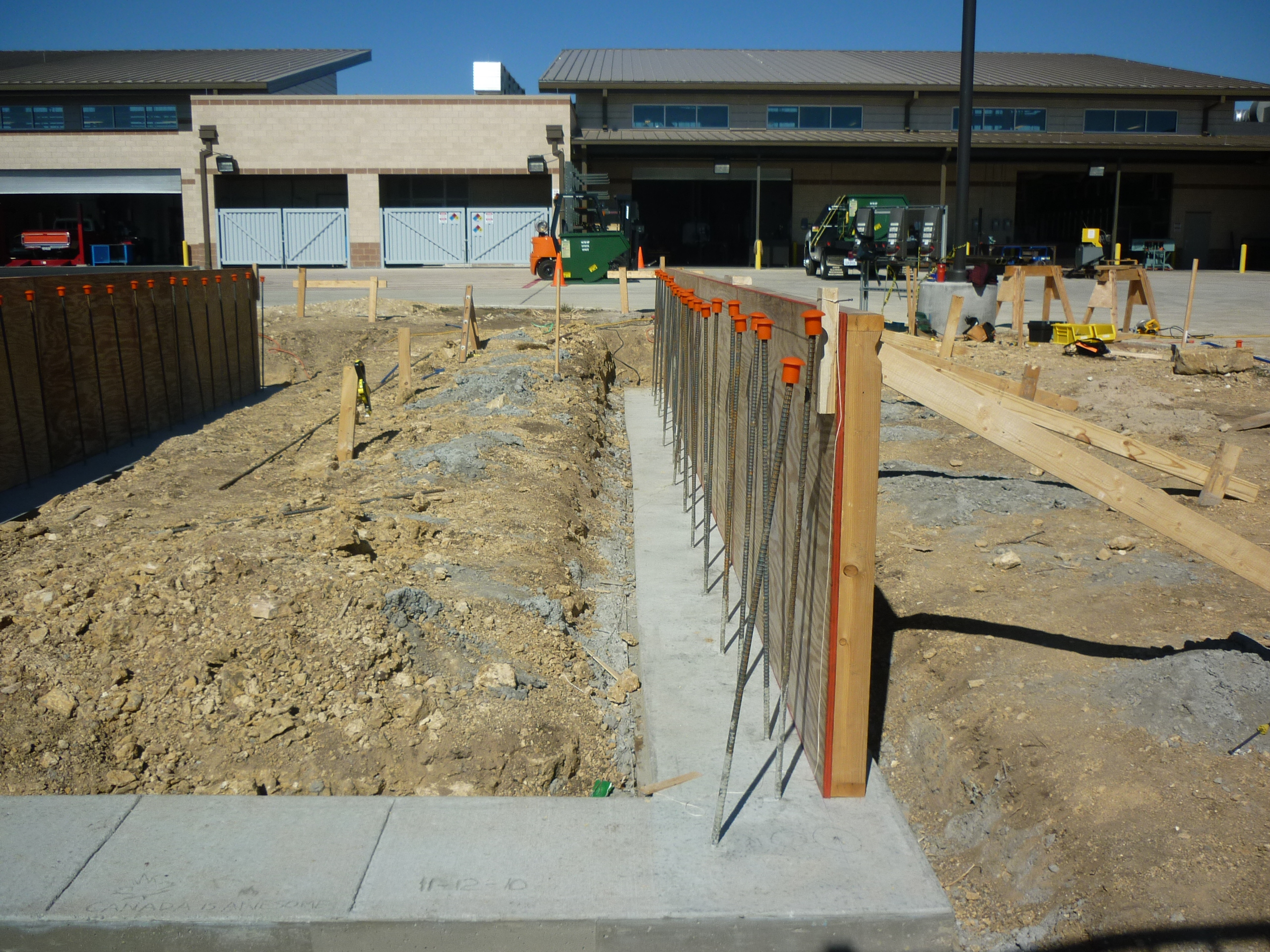 footer one side wall with rebar