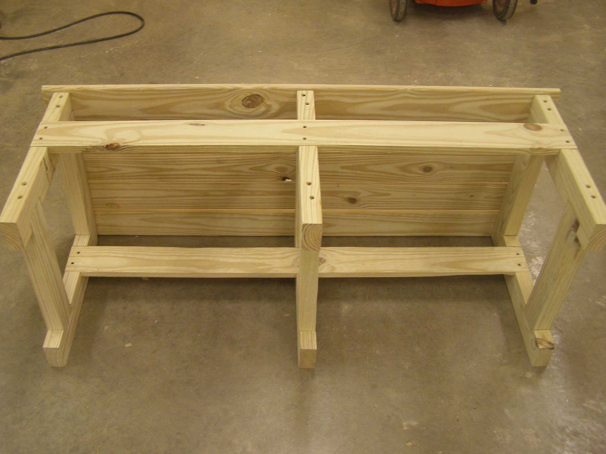finished bench, bottom view