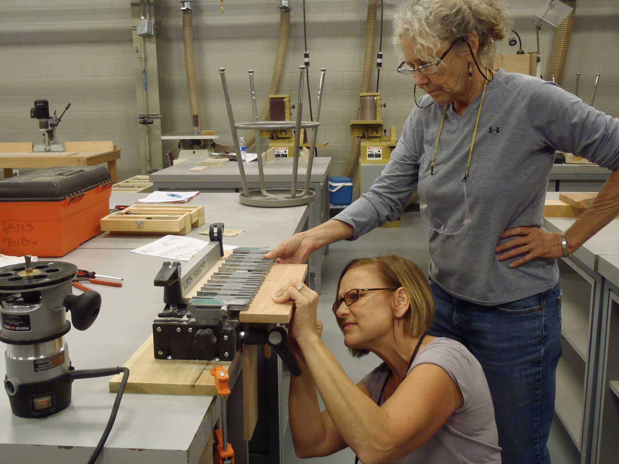 student sets dovetail jigs