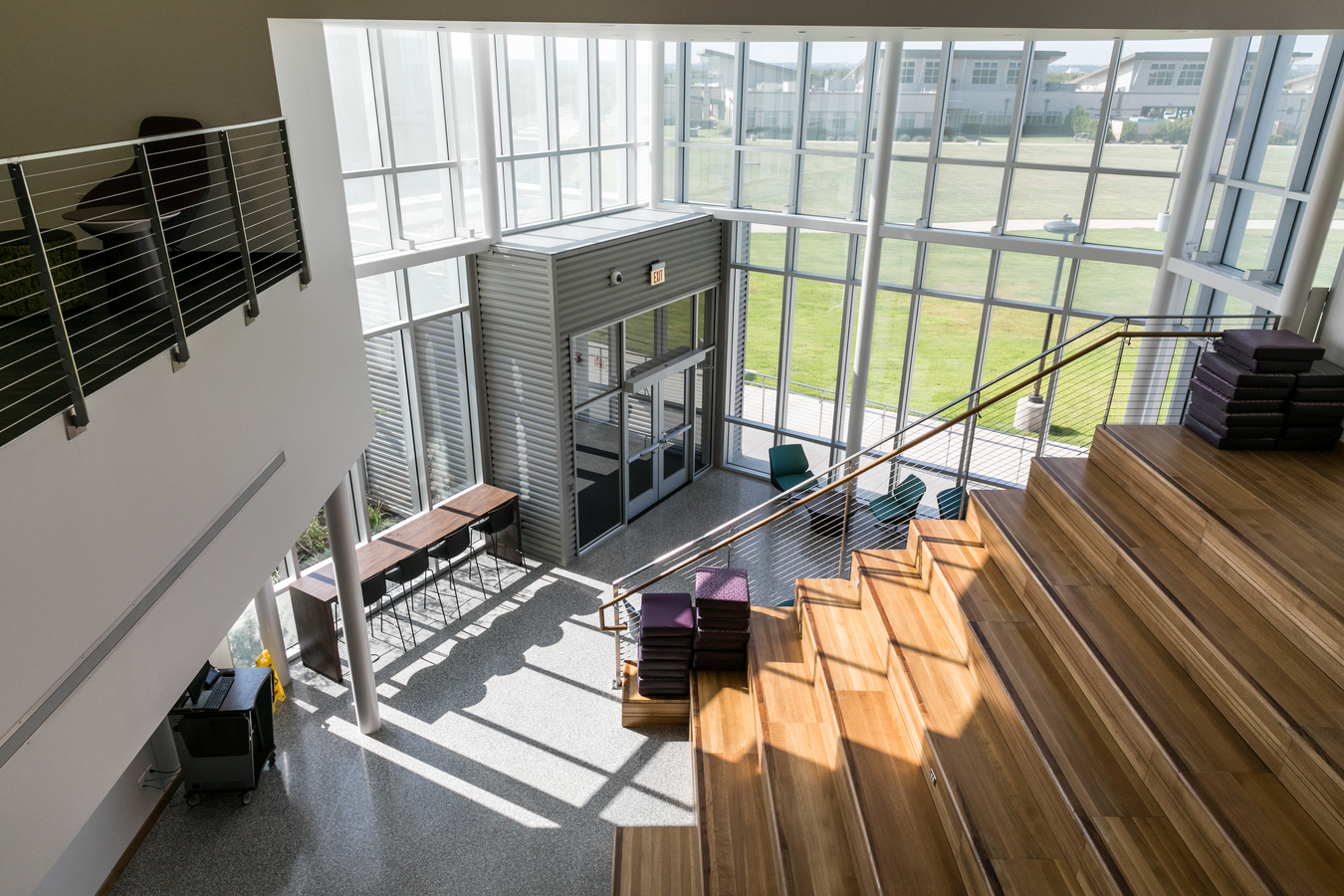 ACC Round Rock Campus, Building 8000, social staircase.