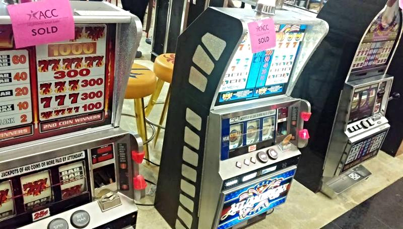 Slot Games from a Highland Mall Store