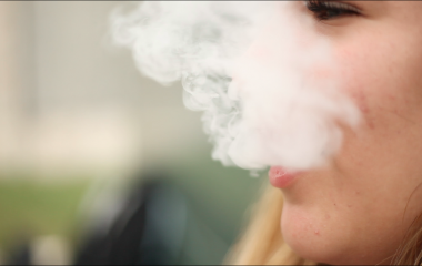 The Rise of Vaping Header
